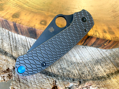 Titanium Hexi Scales for Spyderco Para 3 Skinny - Graphite Black