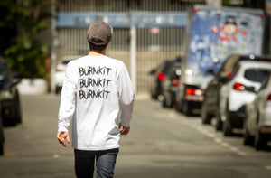 Camiseta Burnkit Dirty - Manga Longa/Branca