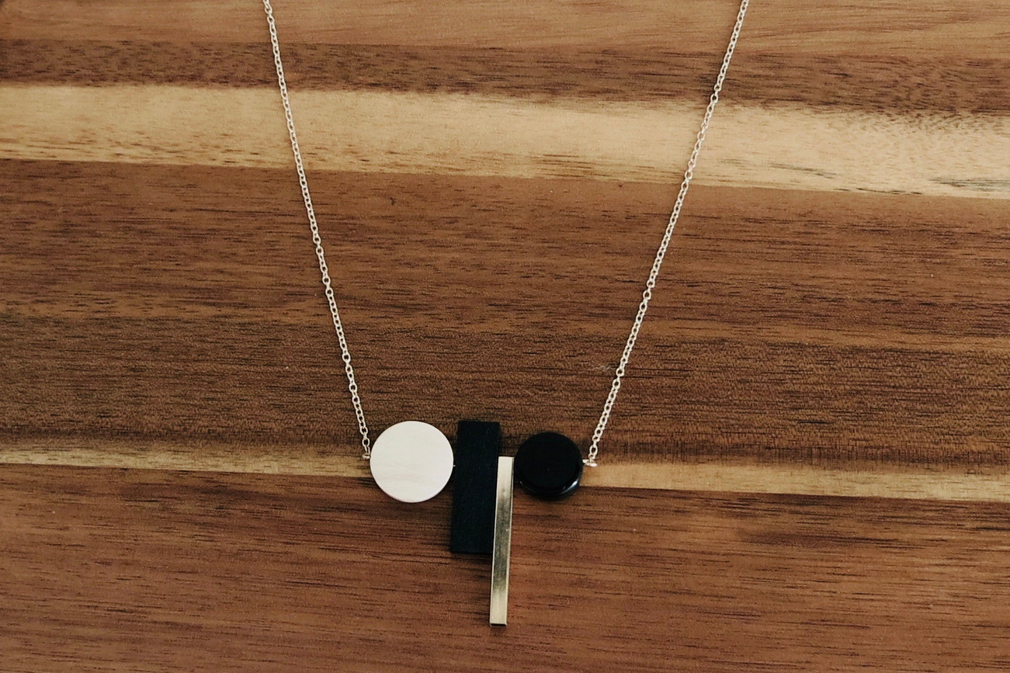 Mix Metal & Wood Wide Pendant Necklace