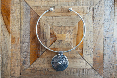 Spiral Medallion Choker Necklace - Bay & Harbour