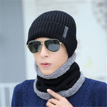 Load image into Gallery viewer, Men's Multi-Colored Beanies and Scarf Optional