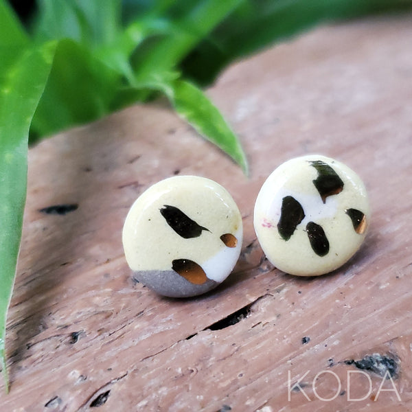 Multi-Verse Button Studs with Gold  003