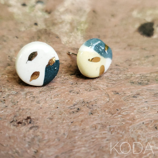 Multi-Verse Button Studs with Gold  005
