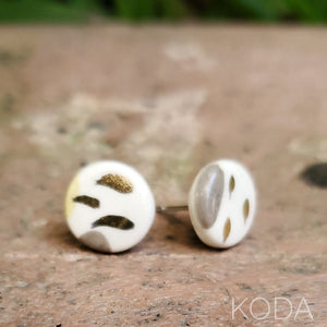 Multi-Verse Button Studs with Gold  009