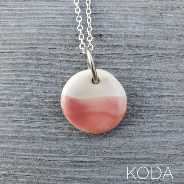 Spectrum Circle Necklace - Weeping Plum