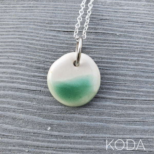 Spectrum Circle Necklace - Jade
