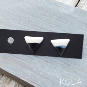 Spectrum Triangle Earrings - Black
