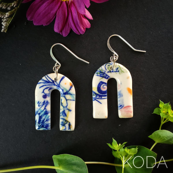 Graffiti Tropical Ryann Hook Earrings 003