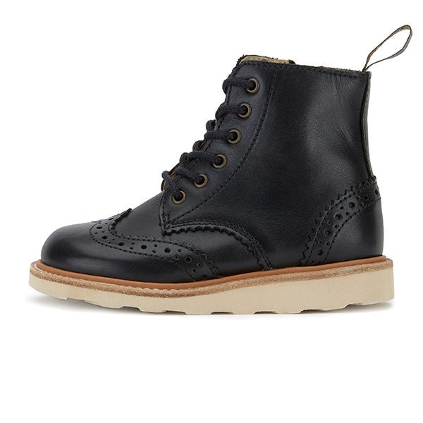 Sidney Brogue Boot Black Leather