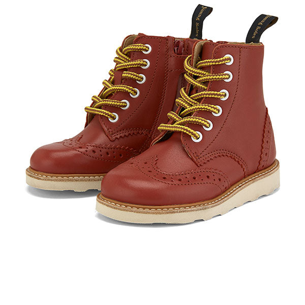 Sidney Brogue Boot Brick Leather