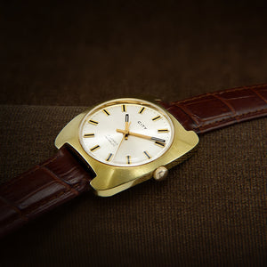 City Swiss Mens Classic Dress Watch From 1960s
