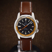 Load image into Gallery viewer, swiss watch, diver watch, enicar sherpa, enicar sherpa super divette, neo classic watches, super compressor, neo classic divers watch, scuba watch, super compressor watch, automatic watch, zodiac sea wolf, vintage watch, plongee, panerai luminor, panerai marina, panerai watch, omega seamaster, tissot seastar,