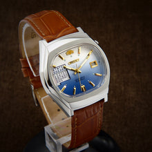Load image into Gallery viewer, Orient Multi Year Calendar Japan Watch From 70s