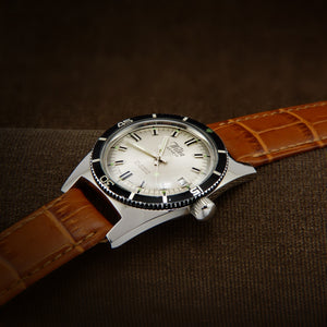 Wilka Geneve Rare 200 Meters Divers Swiss Watch From 1960s