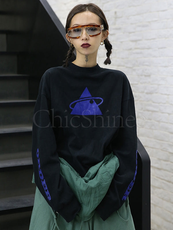 Loose Triangle Printed T-Shirt