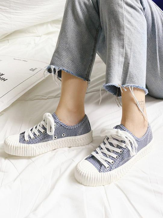 Stripe Canvas Sneaker Casual Shoes