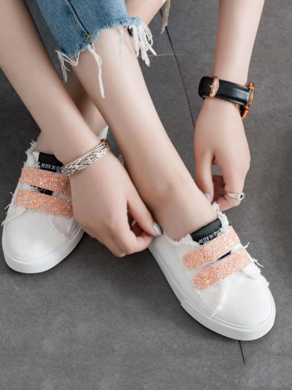 Simple Canvas Sneaker Casual Shoes