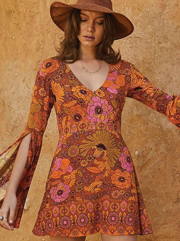 Printed Horn Split Long Sleeve V-neck Dress