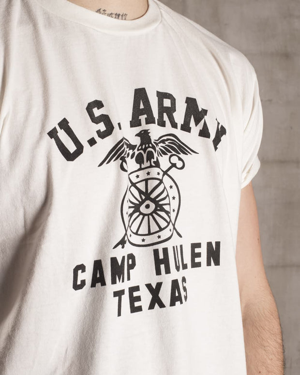 Overlord Upcycling Vintage • White Texas Camp Hulen US Army T-Shirt