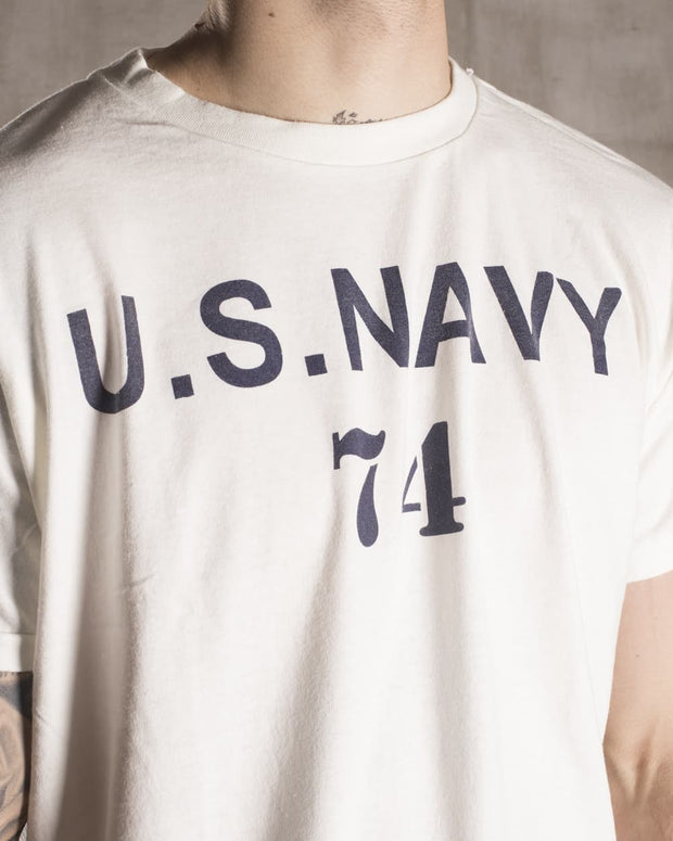 Overlord Upcycling Vintage • White US Navy 74 T-Shirt
