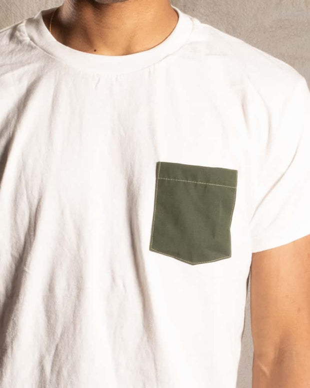 T-Shirt with upcycled army pocket - OVRLRD