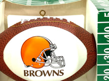 Load image into Gallery viewer, Cleveland Browns Vintage NFL Christmas Ornament (New) By Topperscot, Inc.