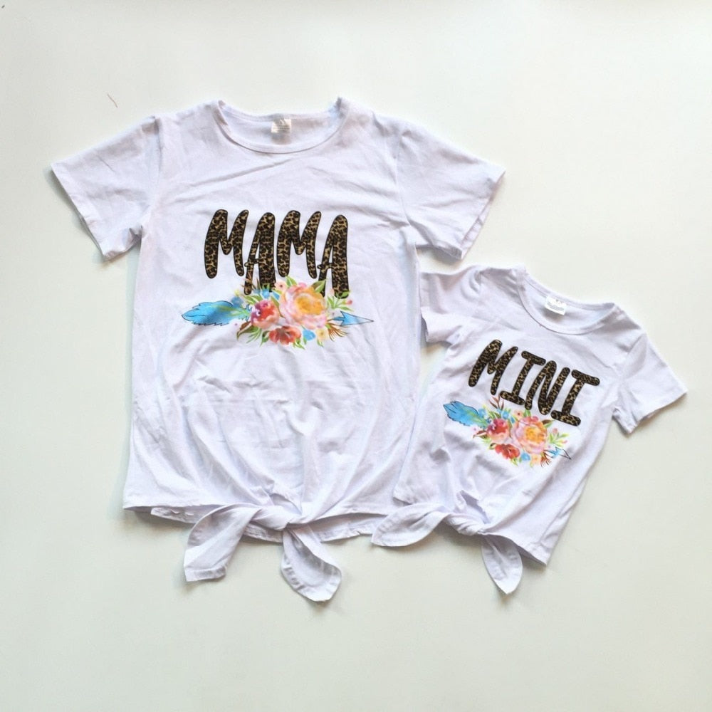 Mommy and baby girls summer T-shirts baby kids white shirt with leopard print and floral baby and mom clothes mommy me shirts