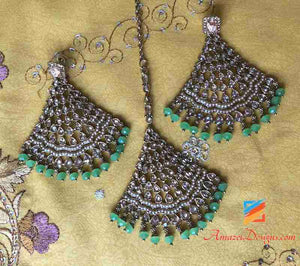 Beautiful Florescent Green Earring Tikka Set