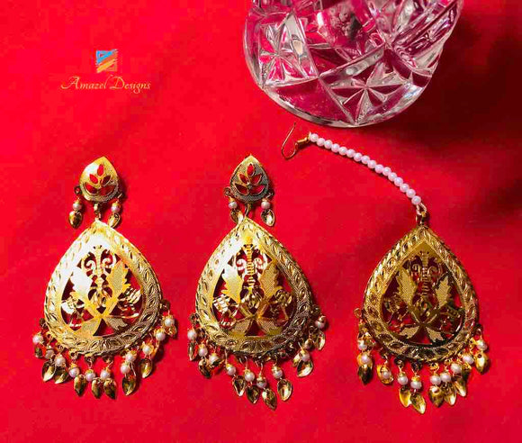 Earring Tikka Set - Golden with White Pippal Patti