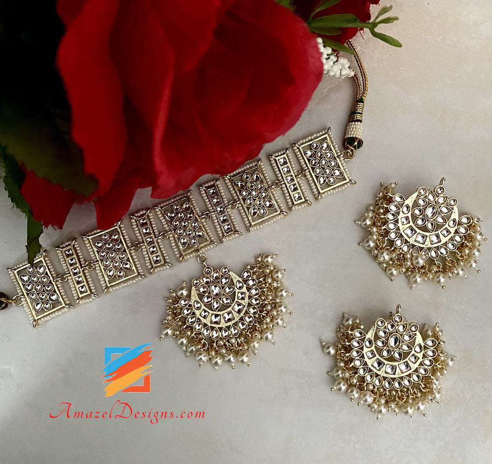 Extremely Lightweight Kundan Choker Studs Earrings Set