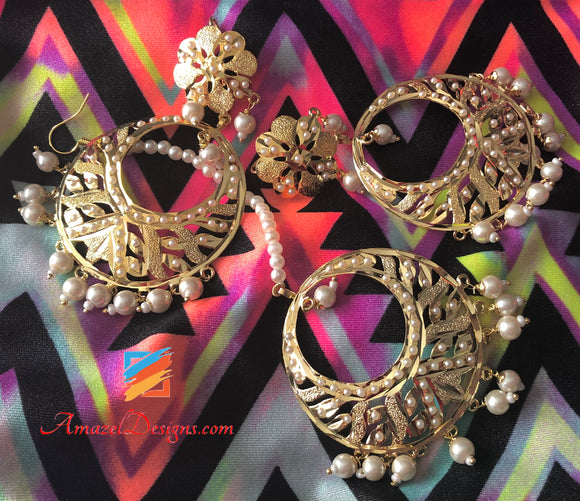 Golden Jadau White Beads Earring Tikka Set