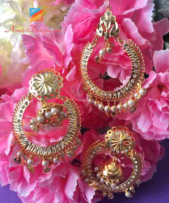 Jadau Pippal Patti White Small Jhumki in Center