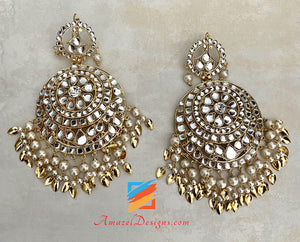 Kundan Oversized Earrings Tikka Set