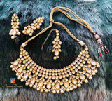 Ravishing Heavy High Quality White Kundan Necklace Earring Tikka Set