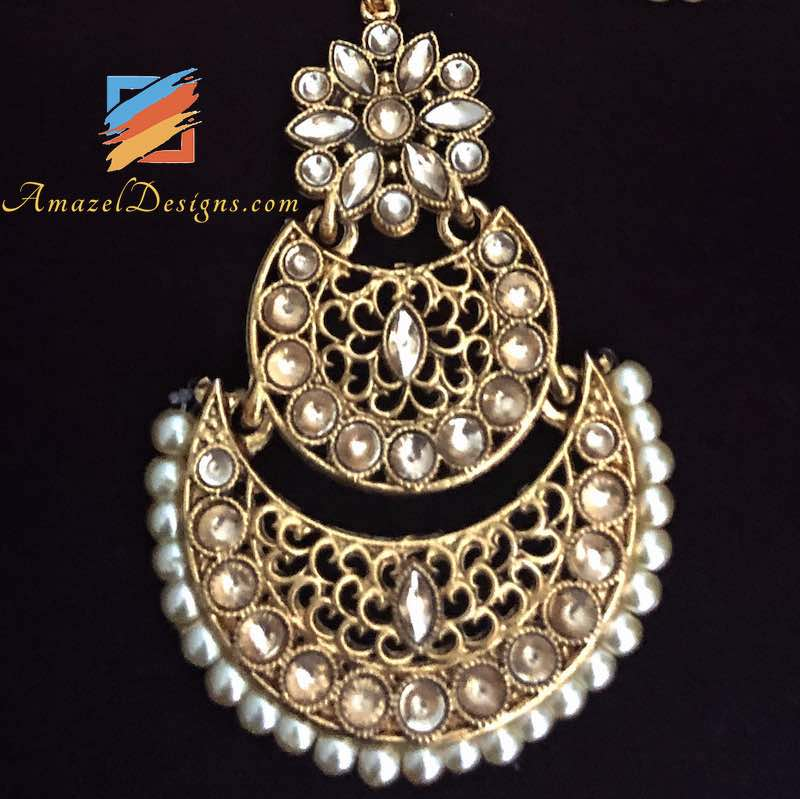 Lightweight Chandbali With White beads Earrings Tikka Set