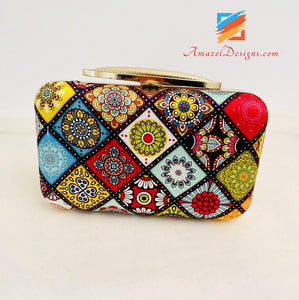 Printed Clutch With Long Opener