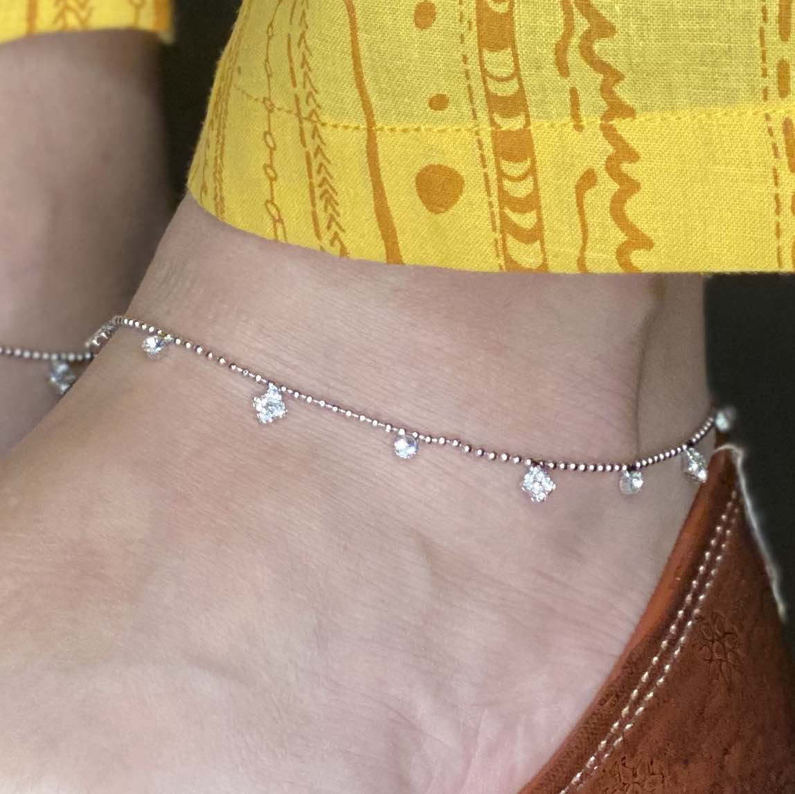 Cute Silver Anklet with Silver Stones