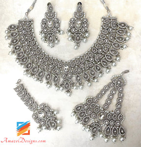 Silver Stone Necklace Set