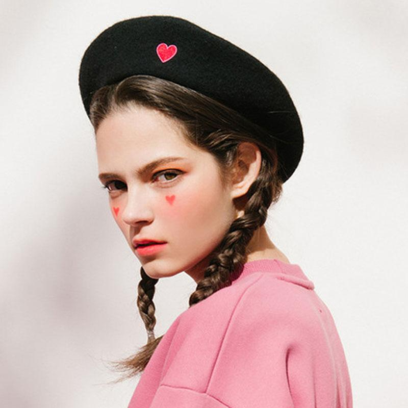 Bloody Cute Black Beret Hat