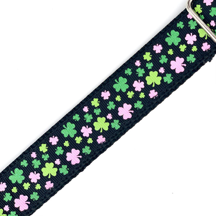 Green and Pink Shamrocks Dog Collar