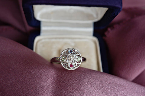 Custom mother ring with birthstones
