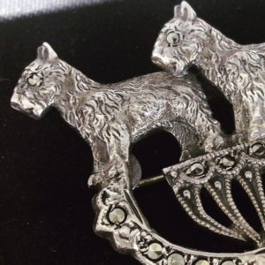 Vintage Scottish Terrier brooch
