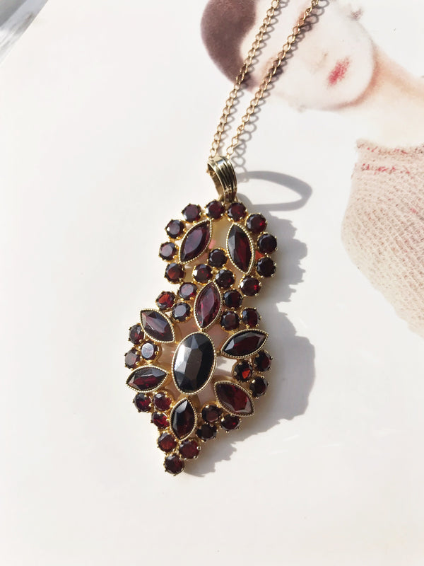 Vintage Garnet Lavalier Necklace