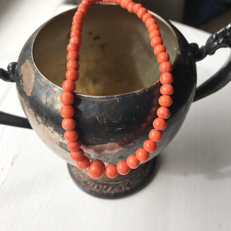 Art Deco Coral Knotted Necklace