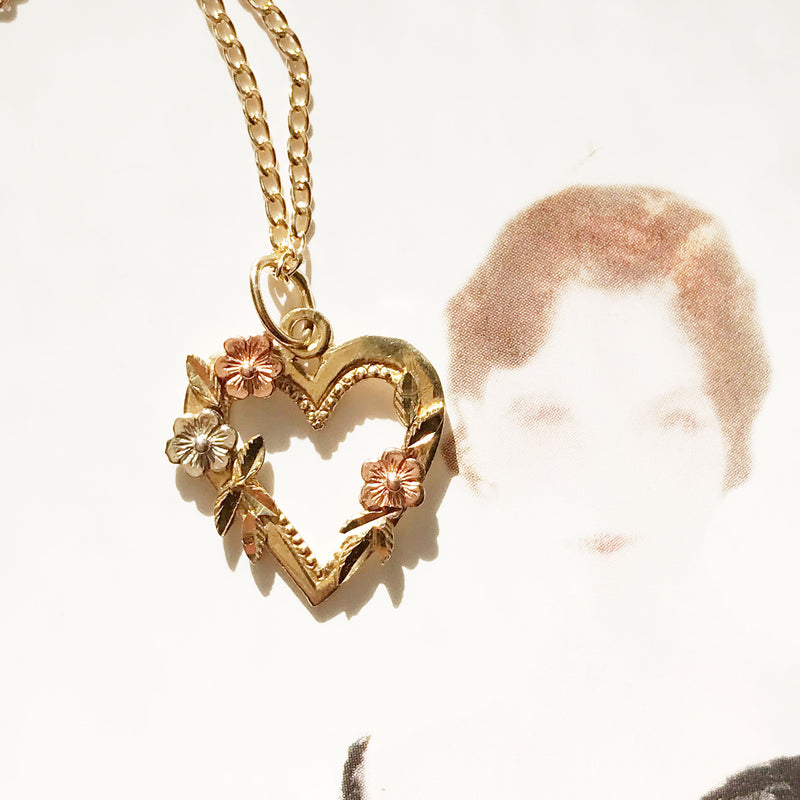 Vintage Gold Heart Charm
