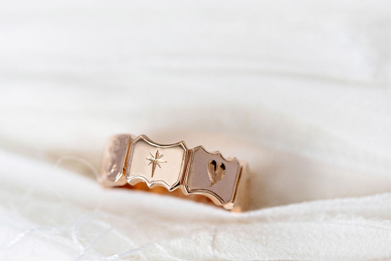 Mantra Ring in Gold