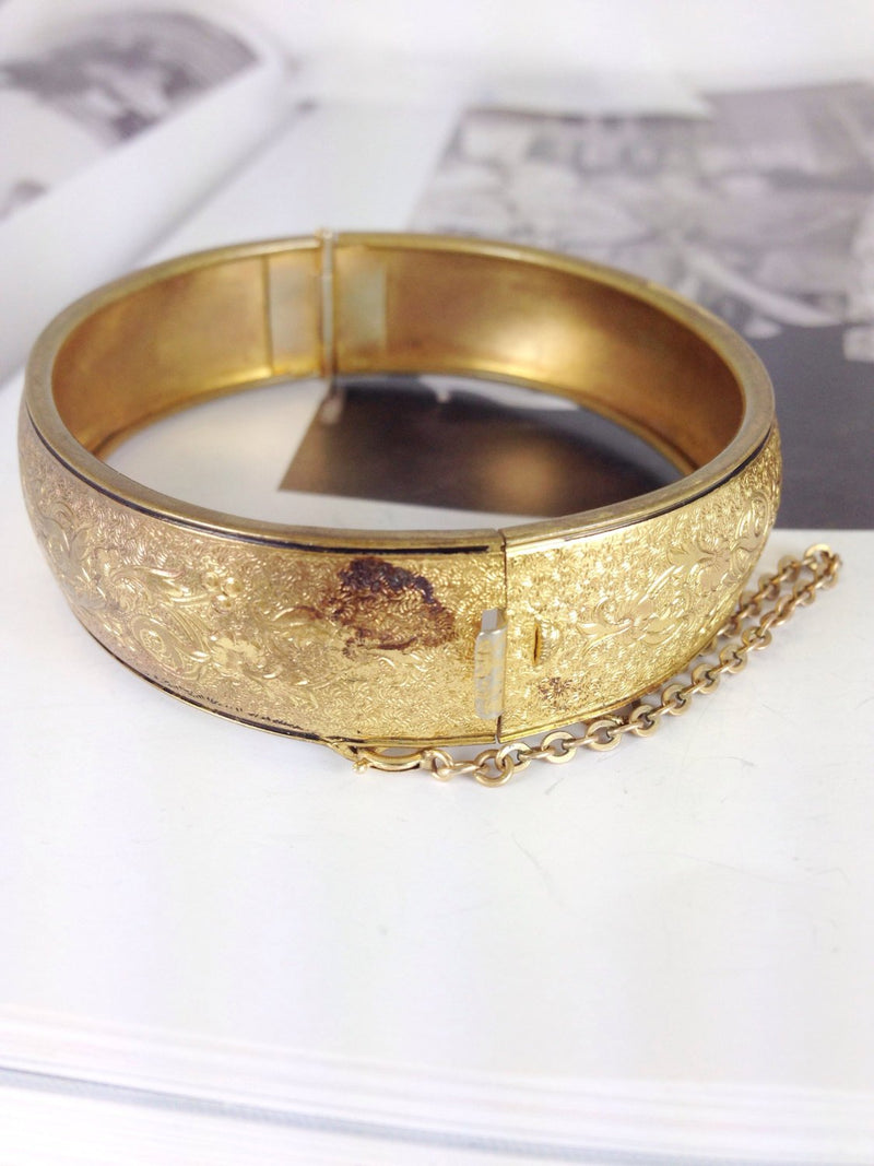 Vintage floral bangle bracelet | gold tone enameled flower, vine and leaf flower hinged bangle bracelet | stacking bangle | wedding jewelry