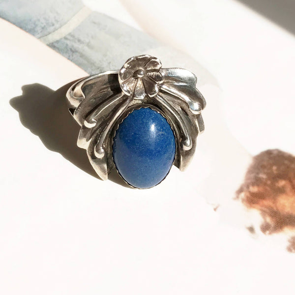 Vintage lapis lazuli blossom and leaf ring | Native American jewelry | squash blossom | blue stone wisdom love healing ring | size 8.5
