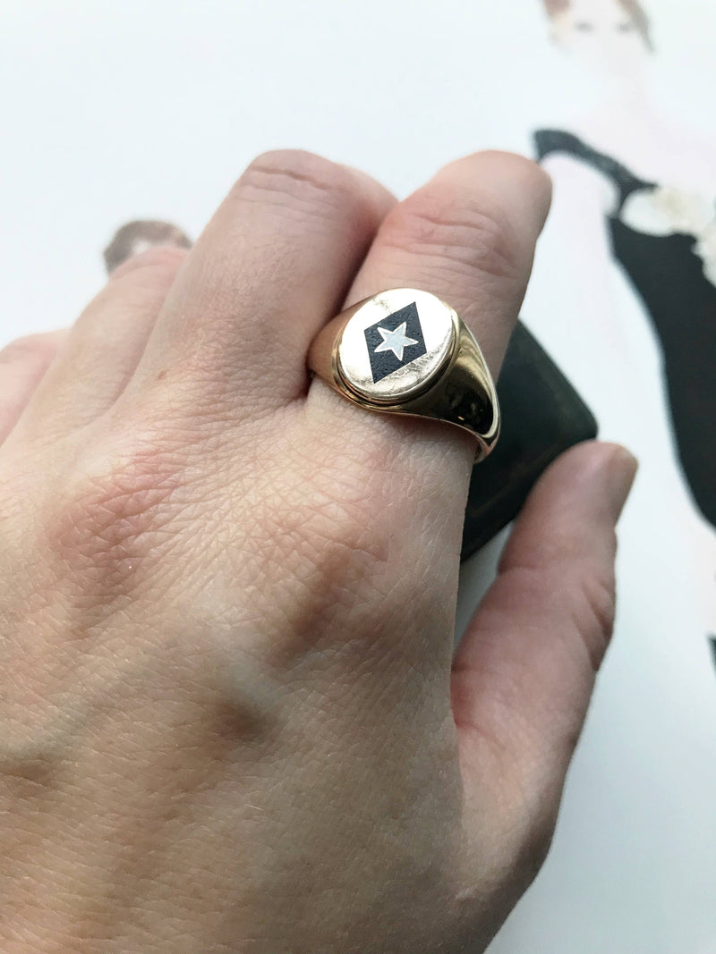 Vintage fraternity white star black diamond enamel ring | 1940's mid century 10k gold Phi Gamma Delta leadership signet ring | size 10.5