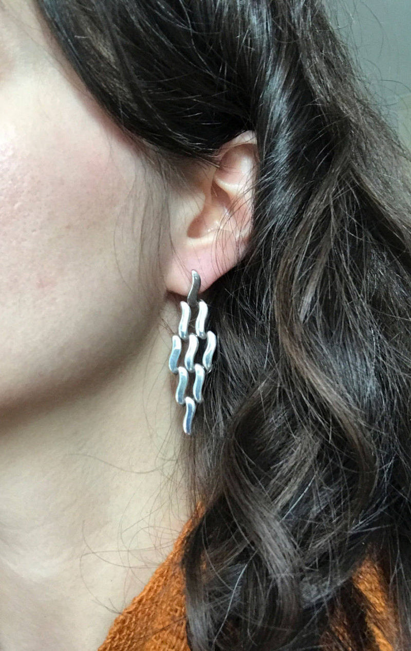 Vintage modernist hinged earrings | Mexican silver style | Southwestern ocean wave water long statement earrings | Frida Kahlo style
